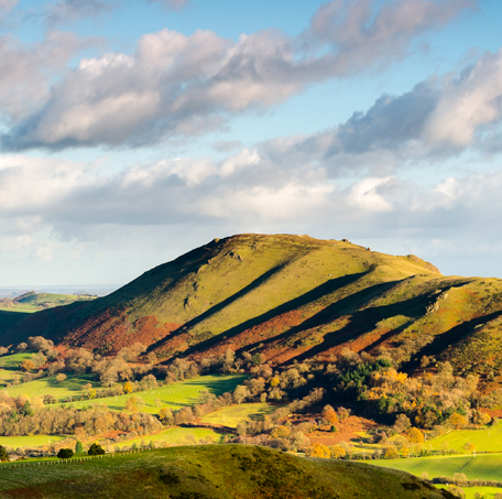 Panarama of Caer Caradoc situated in the shropshire hills aonb